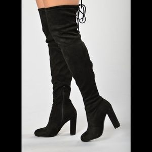 Perfect for Fall 🍂 Black Thigh High Boots 👢